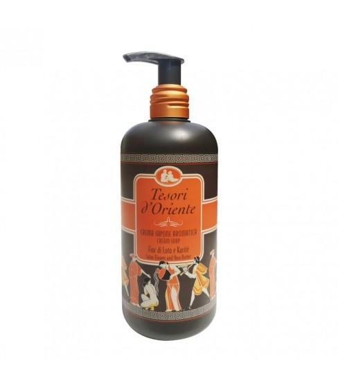 Mydło w pompce Tesori d'Oriente Kwiat Lotosu 300 ml